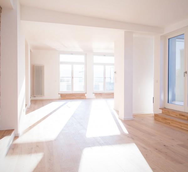 Dachgeschosswohnung mit zwei Terrassen und Aufdachterrasse